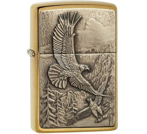 Zippo Soaring Eagles 20854 có thiết kế hình đại bàng